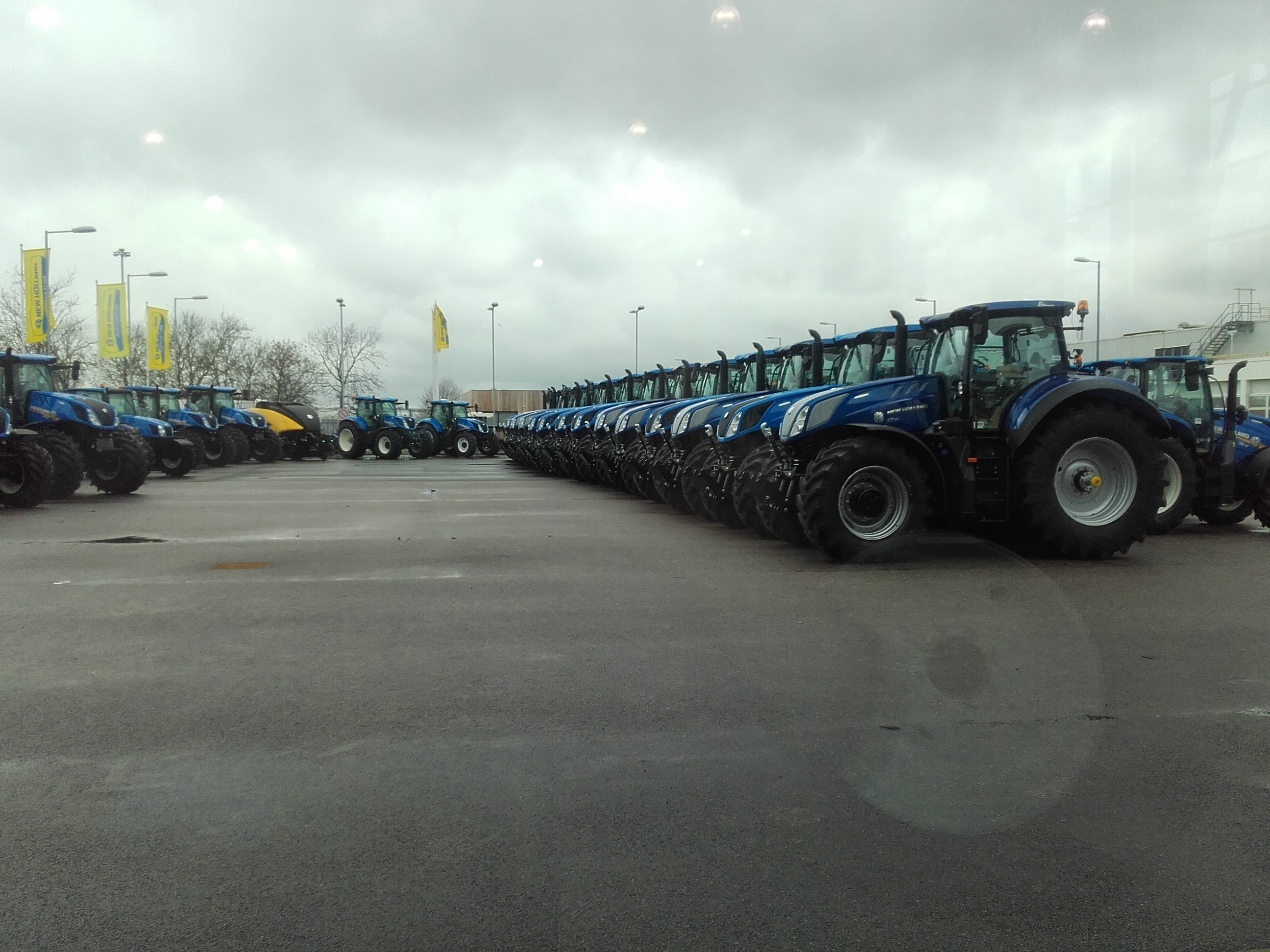 new-holland_cnh_wijnker-mechanisatie_gps-plm_basildon-3