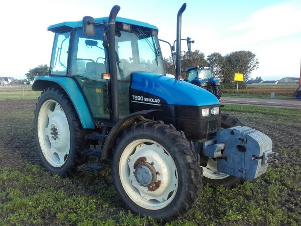 New Holland TS-90 SLE